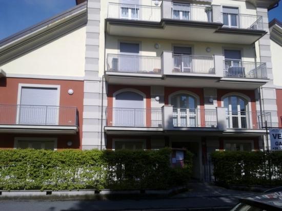 PALLANZA  appartamento con giardino C13